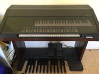 Yamaha Electone El-90 In good working condition. Collection only