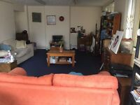 NO FEES Character 2/3 Bed cottage close to town centre