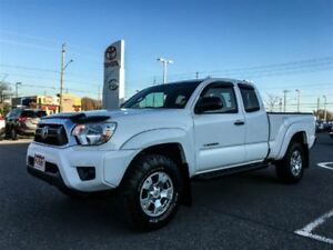 2013 Toyota Tacoma 4X4 5 SPEED MANUAL!