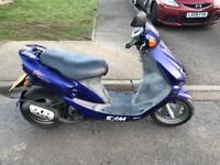 Very fast 50cc moped sym scooter vespa honda piaggio yamaha gilera peugeot