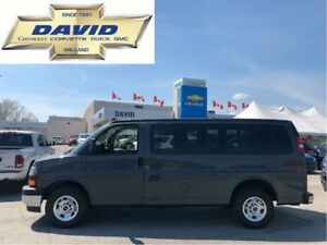 2017 GMC Savana 12 Passenger 2500HD SLE 135 WBVAN/ KEYLESS/ REAR