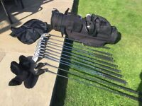Wilson 1200 wide faced setof R/H Golf Clubs and Bag
