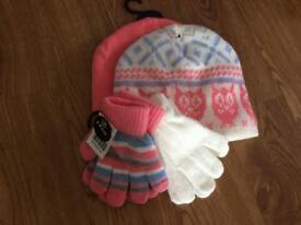 Girls hats and gloves set brand new