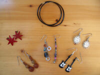 6 PRS EARRINGS, pierced ears (1 unmatched)-hoops, guitars, suns, stars, dangling.Can post. £2.50 lot