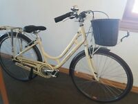 Women's Raleigh bike GREAT CONDITION