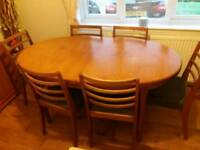 Vintage/retro solid wood extending dining table with 6 chairs