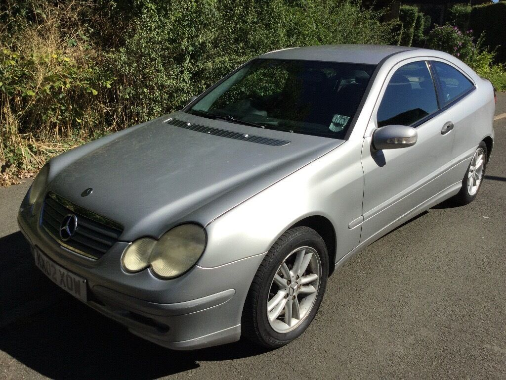 mercedes c220 cdi 2148cc turbo diesel 6 speed manual 2 door coupe 02 plate 06 03 2002 silver. Black Bedroom Furniture Sets. Home Design Ideas