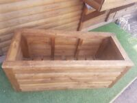 LOGLAP TREATED LARGE GARDEN PLANTER