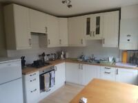 Modern 2/3 double bedroom house, Kirkstall. £750 month