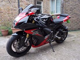 SUZUKI GSXR 750 2014 l4 1300 MILES ANY INSPECTION,PART EXCHANGE CONSIDERED,DELIVERY POSS