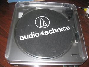 Audio Technica Fully Automatic Belt Driven Stereo Turntable / Vinyl Record Player. USB. AUX Audio. Sound. PC. Macbook