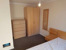 £470 LARGE furnished room in Easton inc most bills