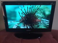Samsung 26 inch HD Ready LCD TV ★ Built in Stand ★ Excellent Condition ★ 3 HDMI