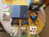 XBOX one Forza 6 Limited edition 1TB with games and accessories