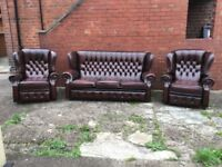 LEATHER CHESTERFIELD 3 PIECE SUITE WITH 2 RECLINER CHAIRS IN ANTIQUE BROWN LEATHER CAN DELIVER