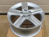 "Genuine Toyota Auris 17"" Alloy wheel"