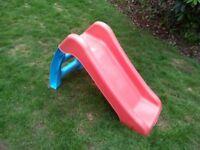 Small child's slide