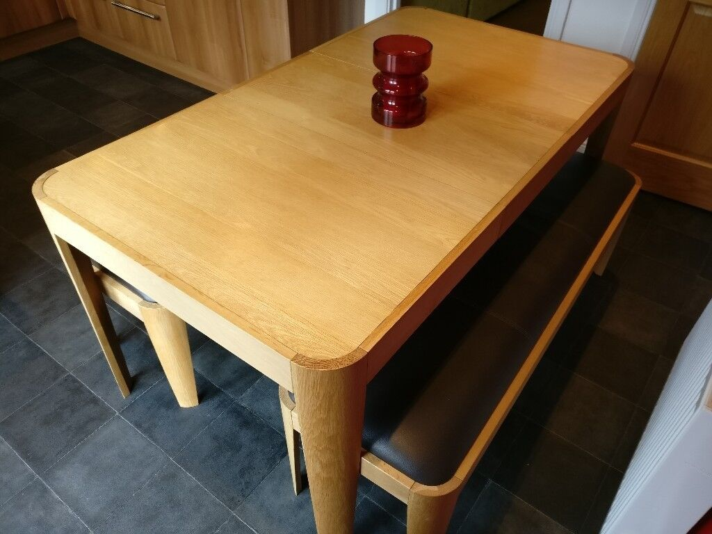 John Lewis Domino 4 6 Extension Dining Table With 2x Leather Padded Benches