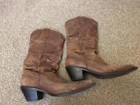 Ladies Steve Madden cowboy boots size 6