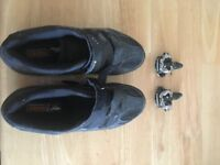 Muddyfox Men's cycling shoes – size 9.5 and Shimano road bike pedals
