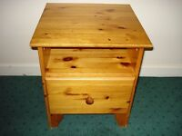 PINE BEDSIDE TABLE NIGHT CABINET COFFEE SIDE PRINTER TABLE*collect Chelsea London SW10 9QE*