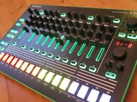 Roland Tr 8 Drum machine - Fully expanded - Mint condition 909/808/707/727/606
