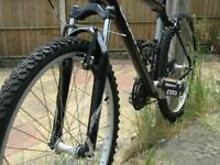 £70 of New Parts Fitted - Giant Mens Aluminium Hardtail Mountain Bike
