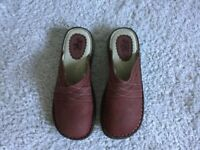 Fat Face NEW Womens Mules Size 7