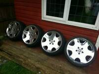 """19"""" CHROMES WITH TYRES"""