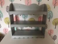 Shabby Chic shelf unit
