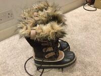 Sorel Joan of Arctic waterproof boots. Size 3,5 eu. 36