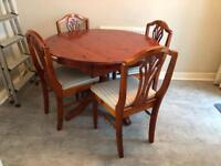 Ducal pine extendable dining room table with 4 chairs