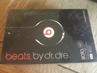Beats by dr Dre solo headphones