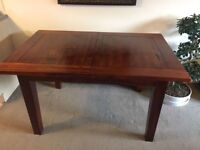 6-8 seater oak wood extending dining table