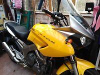 Yamaha, TDM, 2002, 897 (cc)