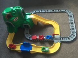 Little Tikes road n rail set