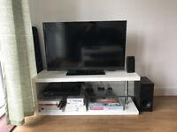 Sony Bravia TV 40 inch - Smart TV & 3D
