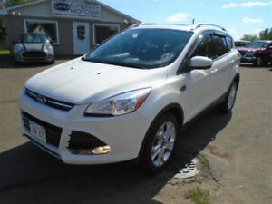 2014 Ford Escape Titanium AWD Leather Nav Panoramic Roof