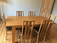 Oak Extending Dining table and 6 chairs