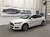 2014 Ford Fusion SE W/ Leather, Moonroof, Back up camera