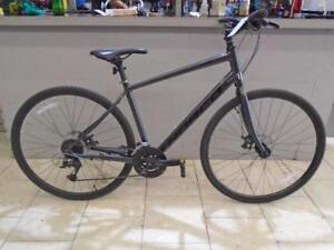 Vélo hybride Performance Norco VFR4 18'' - 1106-9