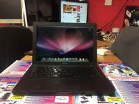 Apple Macbook Intel Core 2 Duo 4GB Ram 320GB HDD