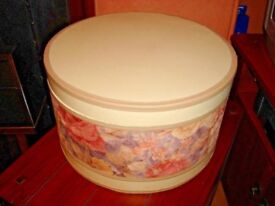 1 x large 38cm luxury round sturdy hat storage box, vintage pink cream, lined with brown velvet