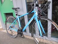 Excellent Condition Pinnacle Dolomite Women's Road Bike (Blue + Size Small)
