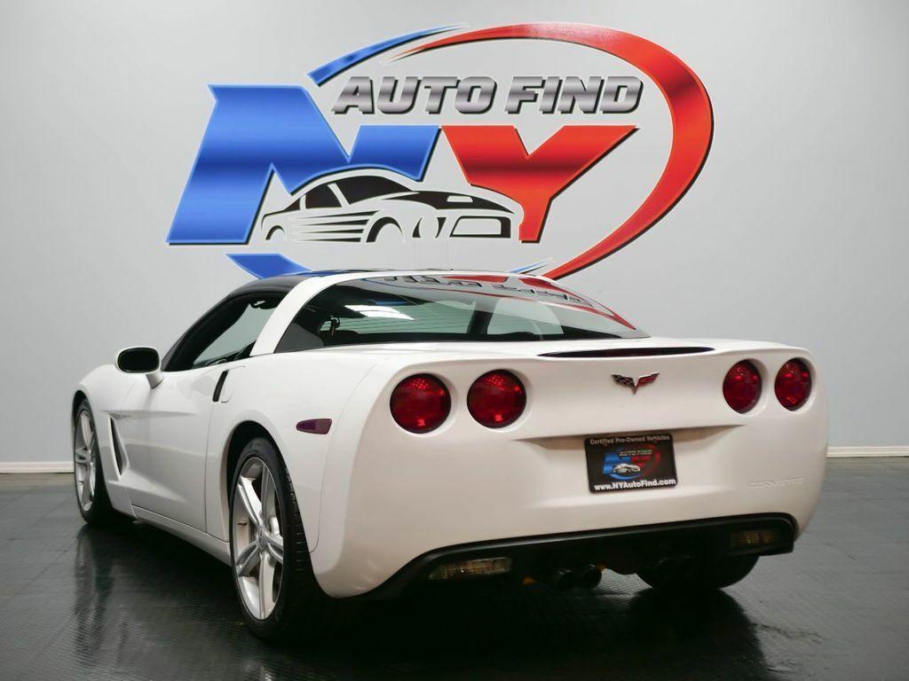 2005 White Chevrolet Corvette   | C6 Corvette Photo 4