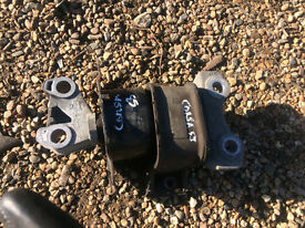 vauxhall corsa 1.2 engine mount or gearbox mount supplied and fitted call parts thanks