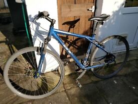 Hybrid Mens Bicycle - GT Transeo 4.0 2010