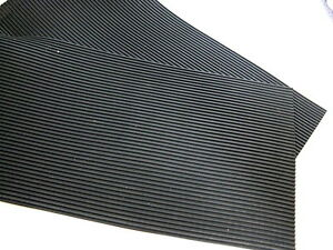 Ribbed Grooved Corrugated Anti Vibration Rubber Matting