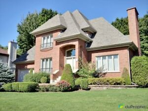 550 000$ - Maison 2 étages à vendre