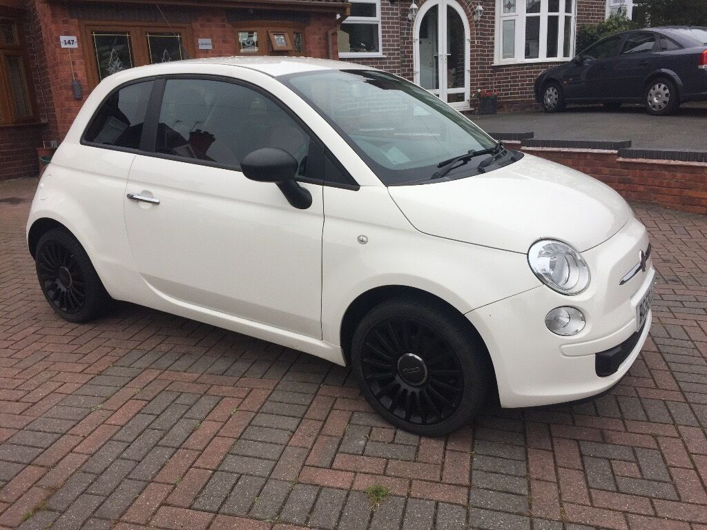 fiat 500 1 2 pop 3dr 59 plate white red leather interior black alloys may part exchange. Black Bedroom Furniture Sets. Home Design Ideas